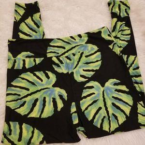 💘 Lularoe TC2 Tropical Leaf Leggings